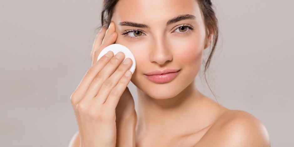 Тоник Ullex с гиалуроновой кислотой для всех типов кожи